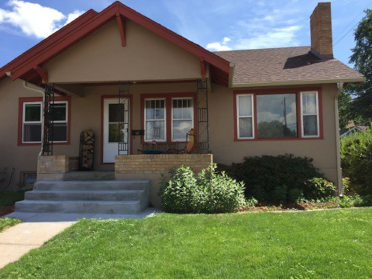 Our historic home, a short walk from everything downtown Cheyenne has to offer - including parks, bakeries, breweries, coffee, bars, burgers and more!