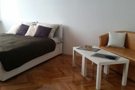 New cosy apartment, quiet yet close to Centar - Sarajevo