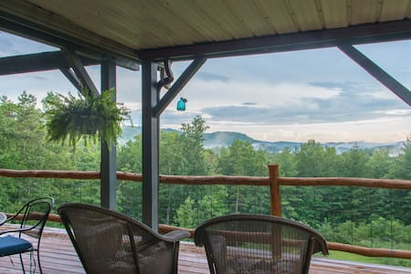 Jewel of the Woods: Mountain View, AC, Sauna, Wifi - Clayton