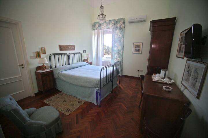 Eleonora - Pescara - Bed & Breakfast