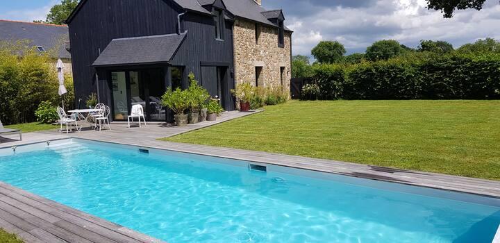 Maison avec piscine  proche de Dinard