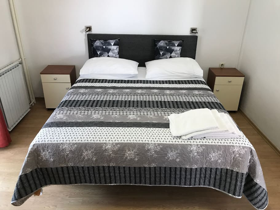 Double bed for 2