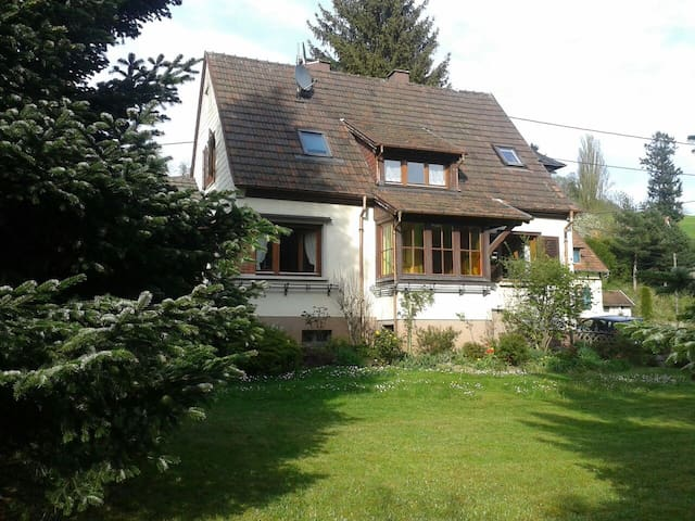 Jolie maison de campagne  au pied des Vosges