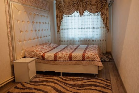 Уютная 3-х комнатная квартира в центре Шымкента