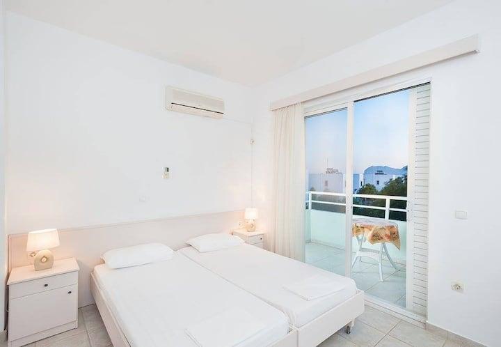 sunny apartment, Afandou Beach