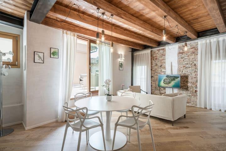 Attic terrace suite