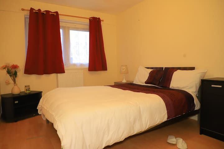 private room double bed with tv R.B