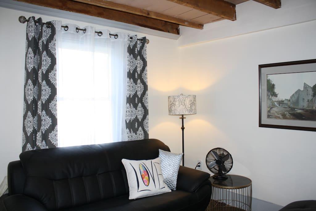 TV Room (apple tv, small bar fridge & breakfast bar, keurig coffee maker, water and light snacks)