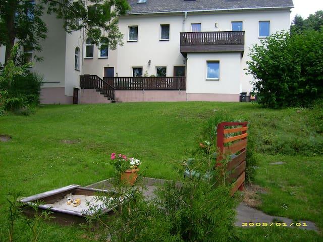 "Ferienwohnung ""Alte Apotheke"" - Eibenstock - Apartment"