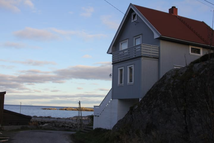 Amazing sea view holiday home Hamnøy-Lofoten - Hamnøy - Ház