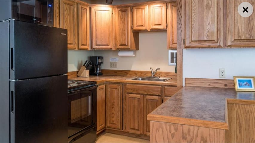 Cook for the family or for yourself on a nice relaxing getaway. All of your cooking needs satisfied with complete assortment of utensils and appliances. Full sized refrigerator/freezer, oven/stove, dishwasher, and garbage disposal included.