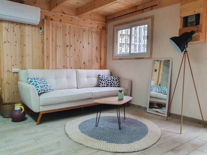Cozy Florentine Vacation Studio with Parking