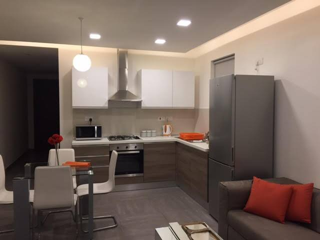 New Modern Apartment! Central Malta