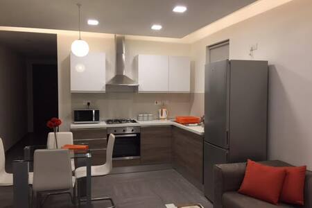 Brand New Cosy Modern Apartment! Central Malta - Birkirkara