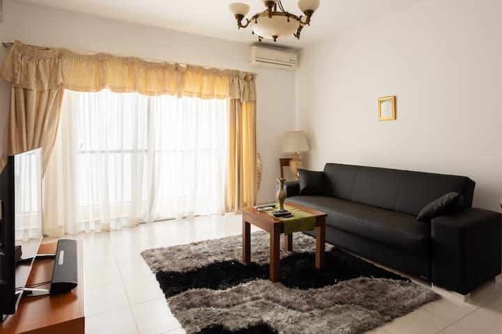 Super central and big 1 bedroom flat!