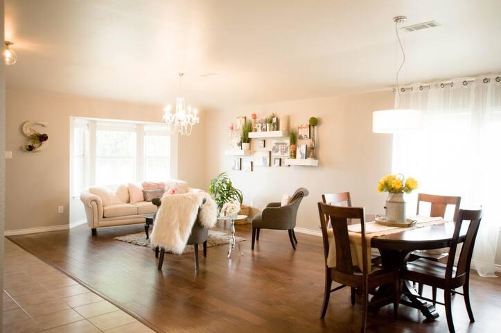 . sitting room. | .dining room .