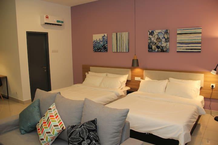 Damen Suites Sunway #1