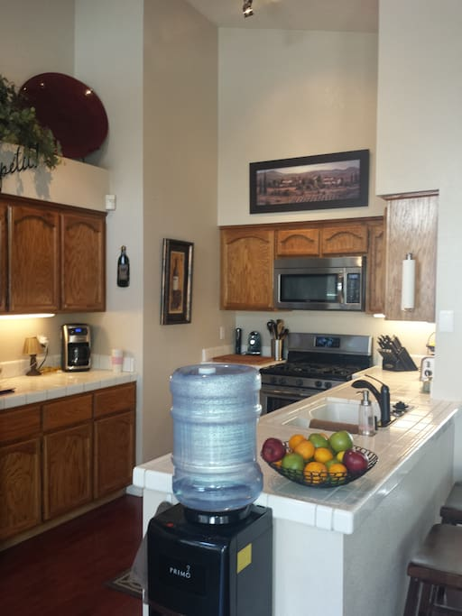 Full access to kitchen with fresh water