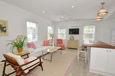 Charming historic cottage! - Delray Beach