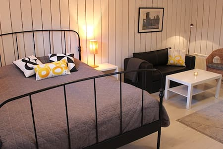 Comfortable private room in beautiful Kungsbacka - Kungsbacka - Hus