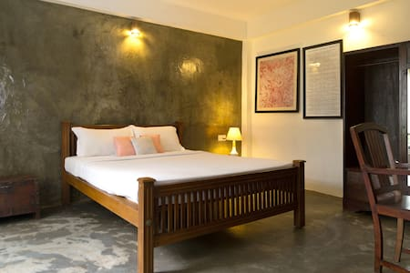 Garden Alcoves-Niyati Boutique stay - Kochi