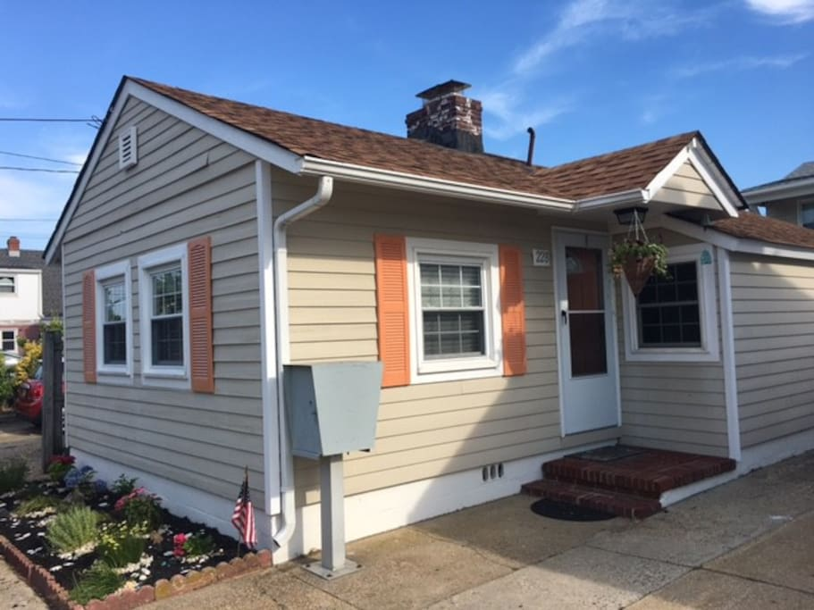 COZY Cottage with Pool Seaside Heights NJ - Cottages for ...