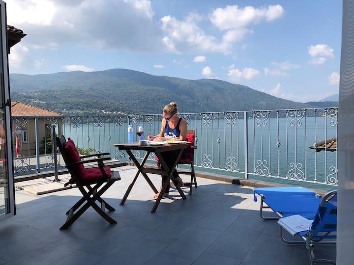 Lugano Lake, riante complete vakantiewoning