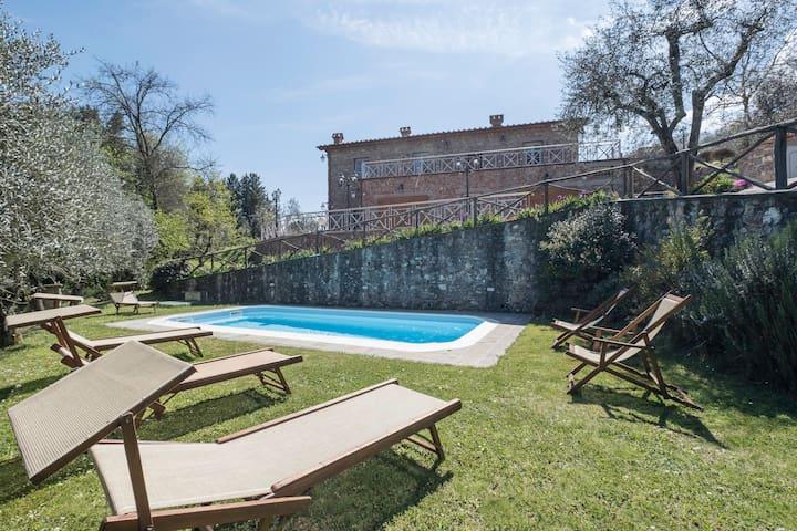 Casa Fortunato, Santa Maria in Albiano, Lucca