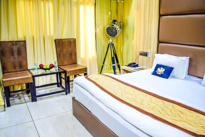 Ideal Stay for Business Folk at Ambala