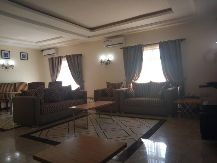 Adig Suites Enugu-Presidential Suite