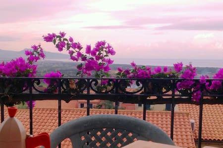 Romantic apartment with sea view and Swimming Pool - Badesi - Huoneisto