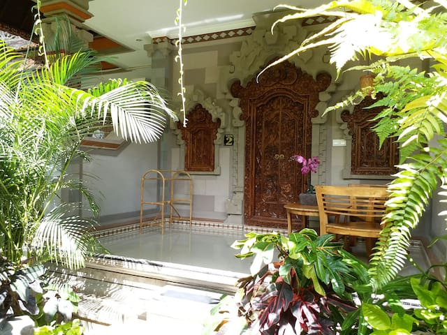 New House Praety Home Stay With A/C