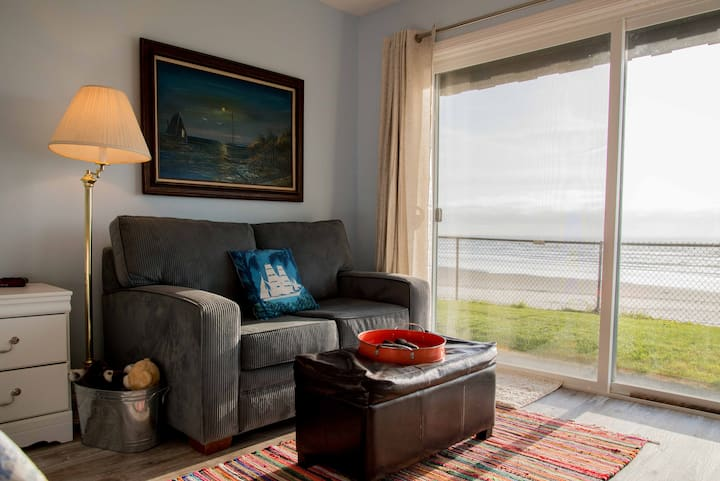 Prawn Solo - Ocean Studio Sleeps 3