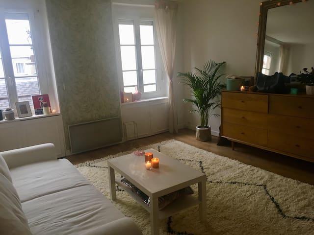 Studio cosy à deux pas de Montmartre
