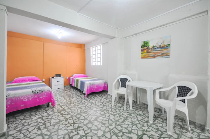 Private room with bethroom in grandmather`s house - Recife - Lejlighed