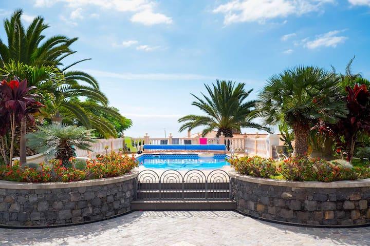 Nettes Studio mit Zugang zum Pool