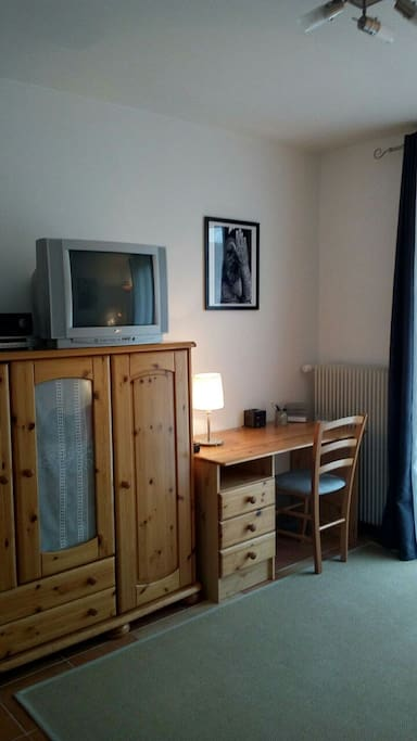 Chambre tranquille au centre ville ii houses for rent in for Chambre yvette