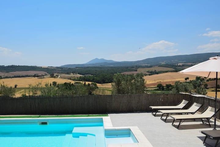 Casa con piscina privata vicino Chianciano Terme