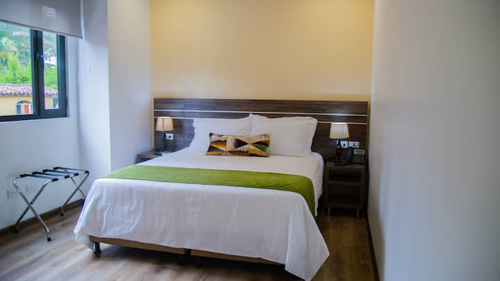 EcoHub Hotel-Desayuno-Gran ubicación en el Poblado