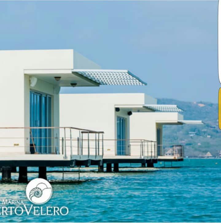 Cabaña sobre el Mar, Marina Puerto Velero