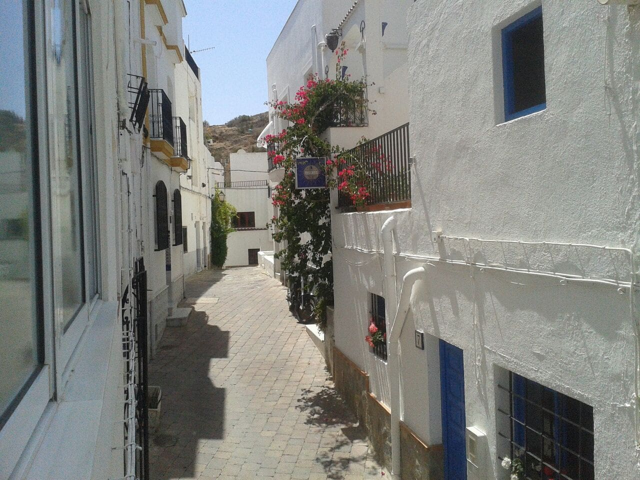 Calle Morote. Frente H. Casa Justa