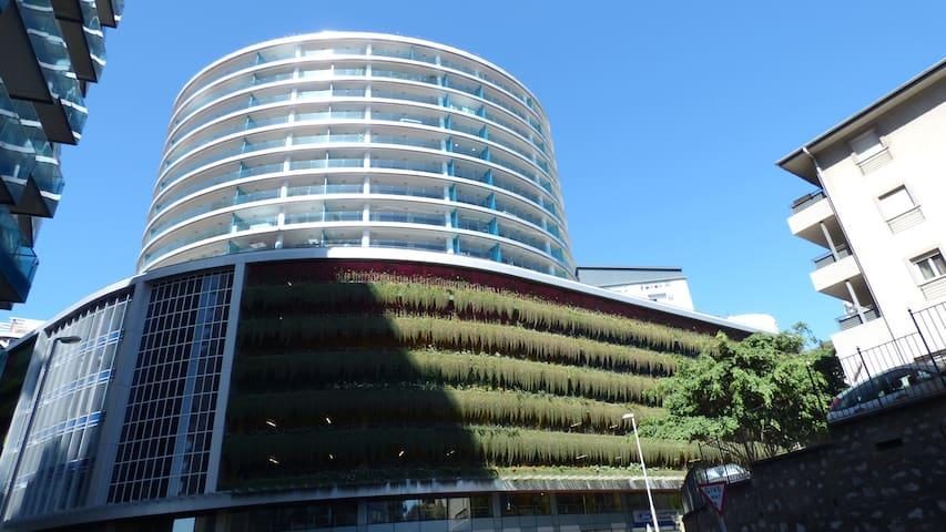 Luxury Ocean Spa Plaza studio apartment