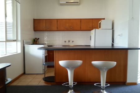 Comfortable and spacious ff studio. - Glenelg North