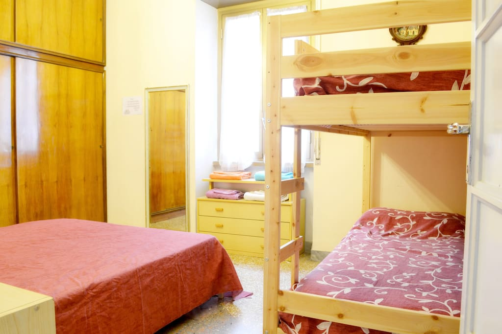 The nice double room with the bunk bed