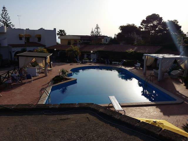 favolosa villa sul mare con piscina............... - Mazara del Vallo - Villa