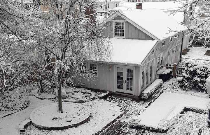NEW LISTING! Historic Carriage House