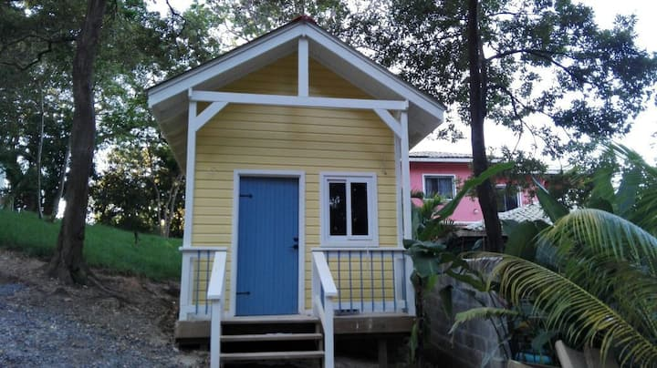 West Bay-Roatan tiny house