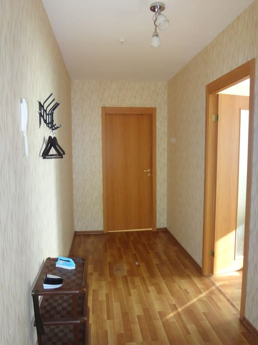 Две изолированные комнаты