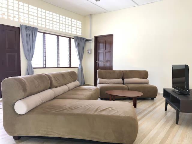 SingSport 5 rooms