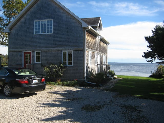 Oceanfront Home 30 Minutes from Halifax